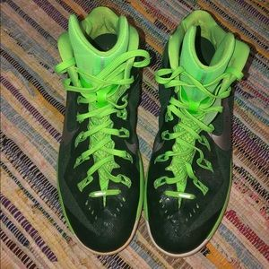Nike 3/4 top Basketball Court shoes